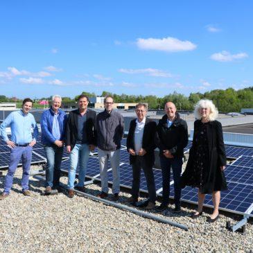 Eerste zonnepanelen voor energiepositief Schiebroek